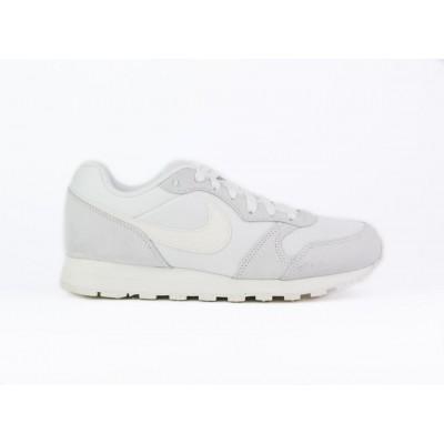 Nike-749869-102